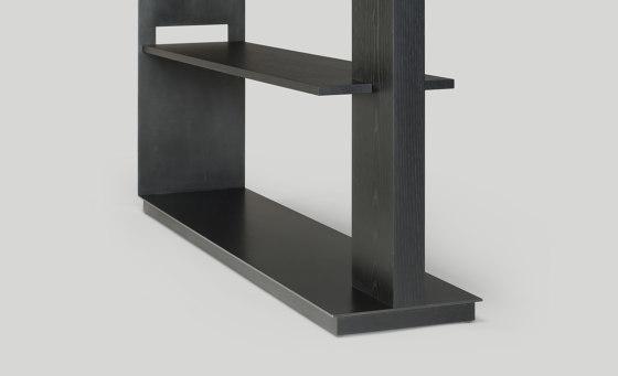 wishbone shelving von Skram | Regale