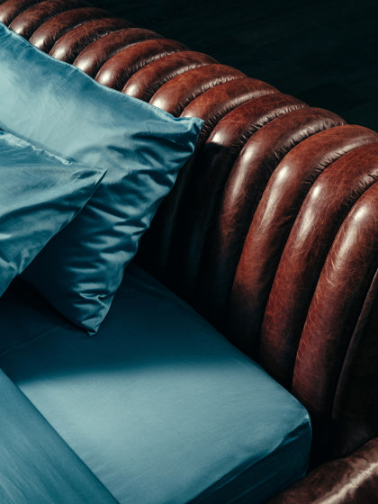 VOYAGE D'UNE NUIT Bed de GIOPAGANI | Lits