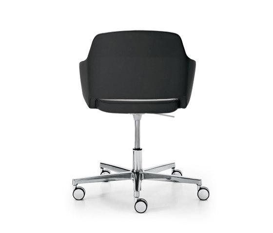 Captain Line von Sinetica Industries   Stühle
