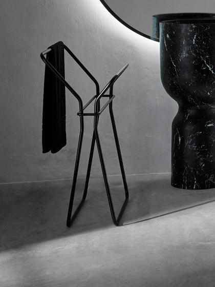 Origin Freistehender Handtuchhalter. von Inbani | Handtuchhalter