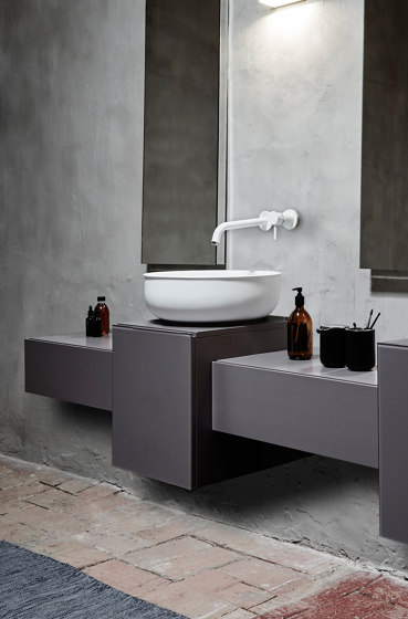 Prime Solidsurface top mounted washbasin Ø45. by Inbani | Wash basins