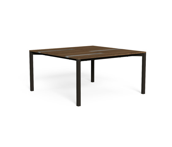 Casilda   Table 150x150 by Talenti   Dining tables