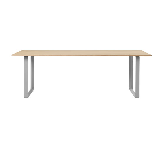 "70/70 Table | 225 x 90 cm / 88.5 x 35.5"" de Muuto 