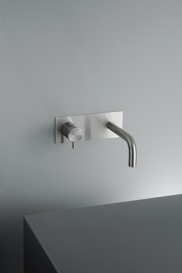 Ottavo | Stainless steel Wall mounted mixer with spout by Quadrodesign | Wash basin taps
