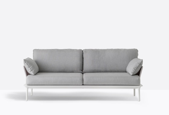 Reva Sofa von PEDRALI   Sofas