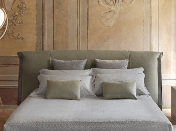 Amal Double-size bed by Flou | Beds