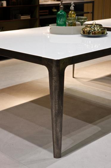 Grand More | Table de Estel Group | Tables de repas