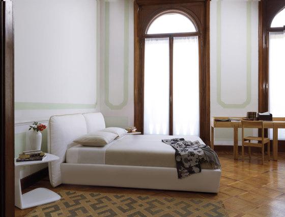 Plume | Bed de Estel Group | Camas