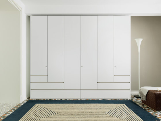 Step | Wardrobe de Estel Group | Armarios