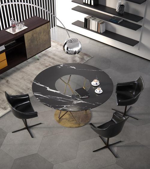 Tori | Table de Estel Group | Tables de repas
