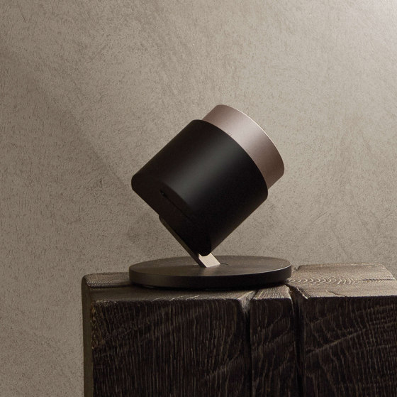 lui basso by Occhio | Table lights