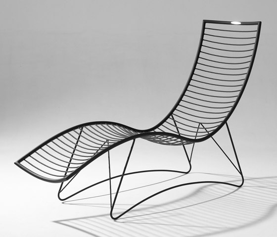 Curve Wave Lounger Swing Chair on Base stand by Studio Stirling | Sun loungers