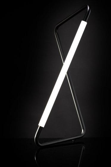 Light Object 001 - LED light, black finish by Naama Hofman Light Objects | Table lights