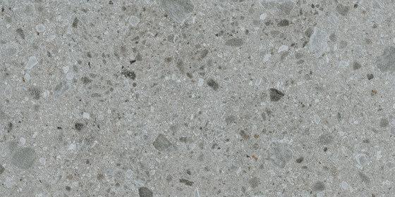 Iseo Gris Bush-hammered von INALCO   Mineralwerkstoff Platten