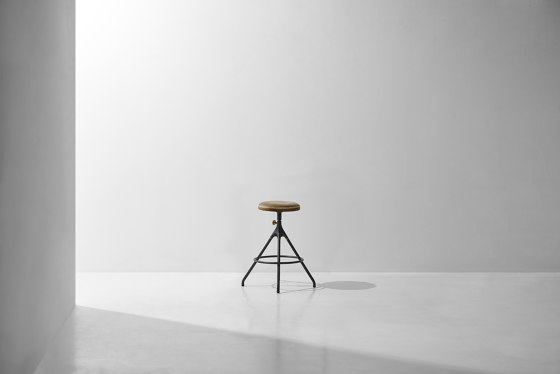 Akron Counter Stool With Leather Seat by District Eight   Bar stools