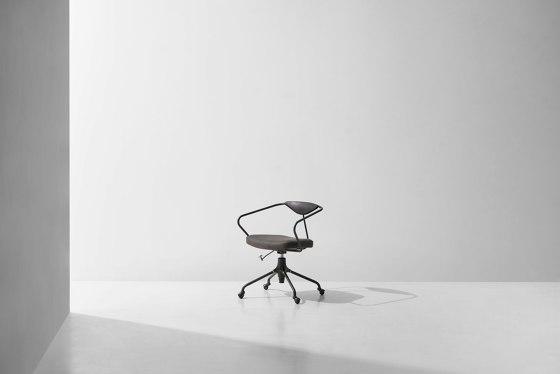 Akron Desk Chair di District Eight | Sedie