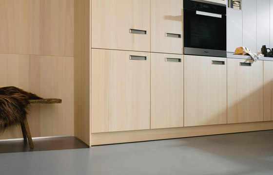 NX 620 Natural fir brushed by next125 | Fitted kitchens