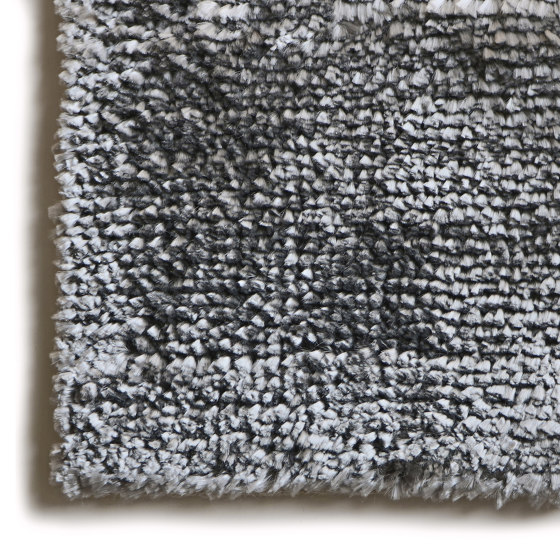 Kama Argento Vero by G.T.DESIGN   Rugs