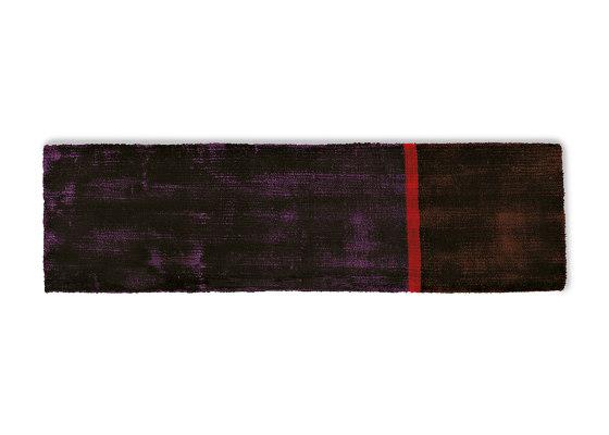 Campi di Gravità Viola Astratto 2 von G.T.DESIGN | Formatteppiche
