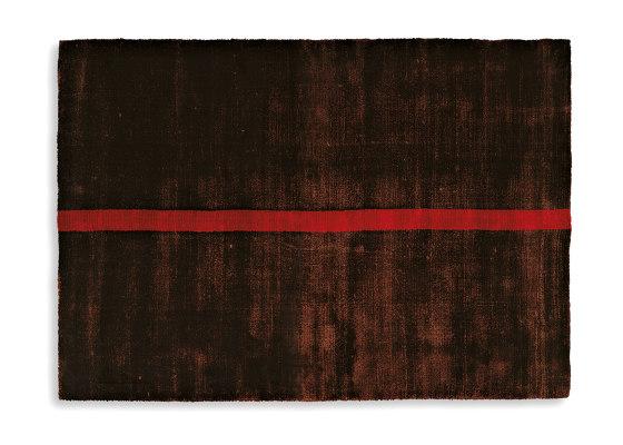 Campi di Gravità Rosso Vivo 1 von G.T.DESIGN | Formatteppiche