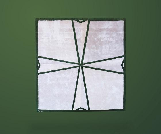 Knight'S Templar Rug von Ivar London | Formatteppiche