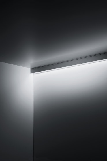 Continuous Rod Comfort Surface 1m by Simes | Outdoor wall lights