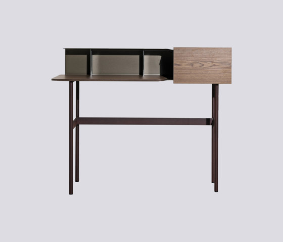 Jak by Tacchini Italia | Desks