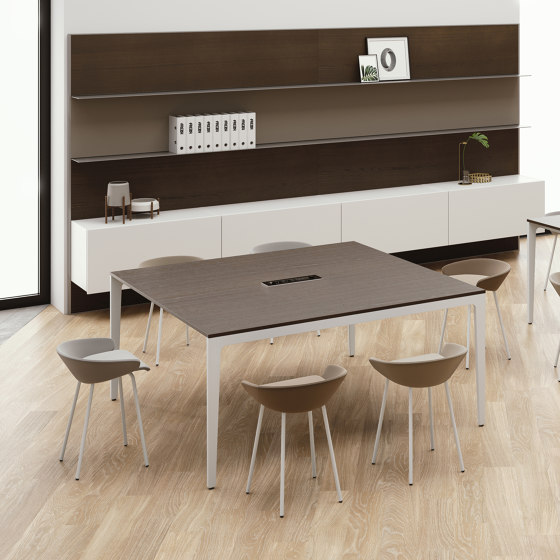 Alplus by FREZZA | Contract tables
