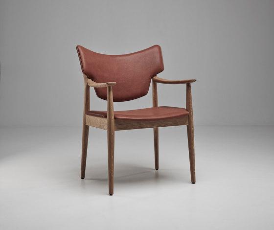 Veng armchair de Eikund | Chaises