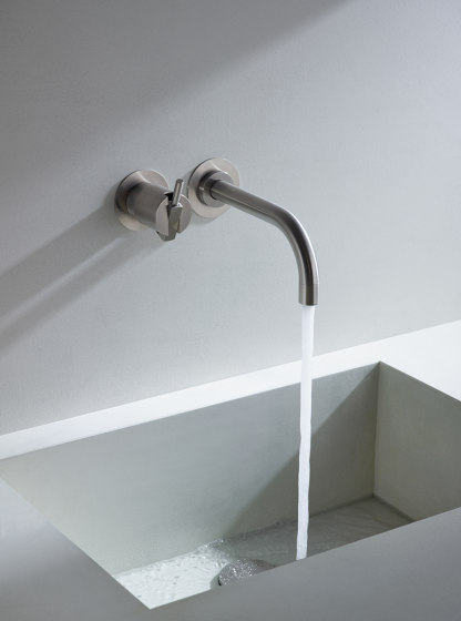 111 - One-handle mixer by VOLA | Wash basin taps