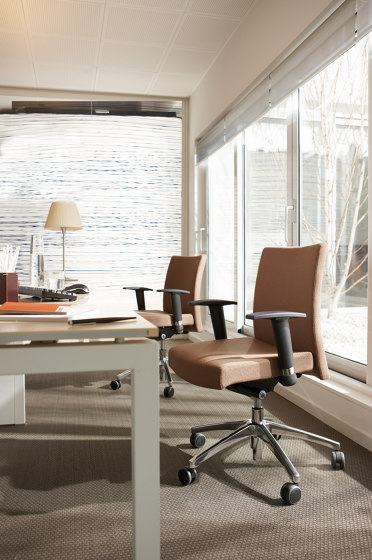 M2 | Office Chair de Estel Group | Sillas de oficina