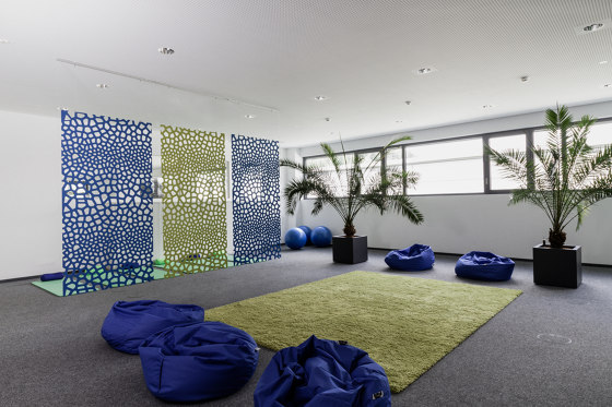 recycled PET | designed acoustic voronoi divider by SPÄH designed acoustic | Space dividing systems