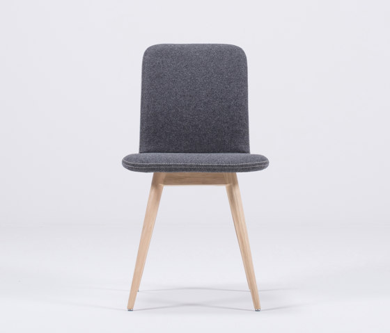 Ena chair | Facet by Gazzda | Chairs