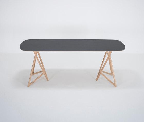 Koza table | 200x90 | linoleum di Gazzda | Tavoli pranzo