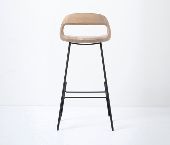 Leina bar chair | regular | 46,5x48,5x94 von Gazzda | Barhocker