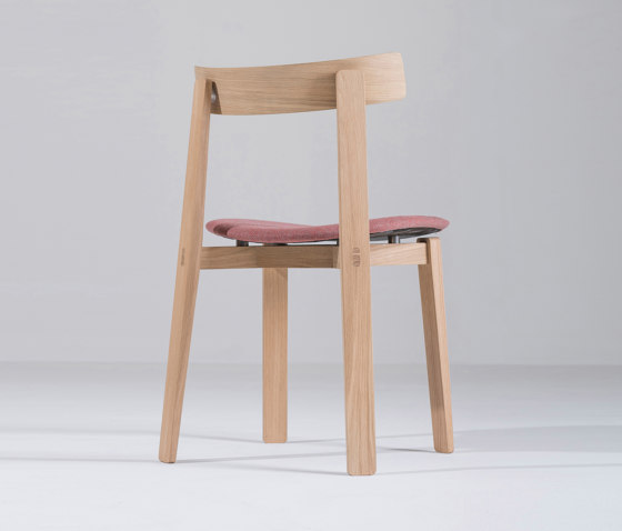 Nora chair | Main Line Flax de Gazzda | Sillas
