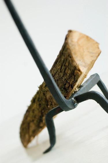 A Ferro e Fuoco Firedogs (tall) by conmoto | Fireplace accessories