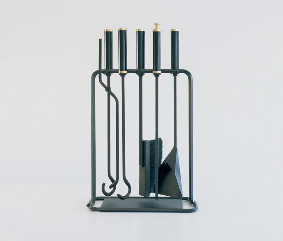 Scarpa Collection by conmoto | Fireplace accessories