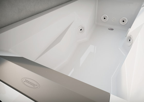 Myway-170 by Jacuzzi® | Whirlpools