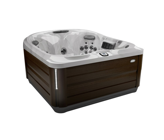 J-445™ by Jacuzzi® | Whirlpools