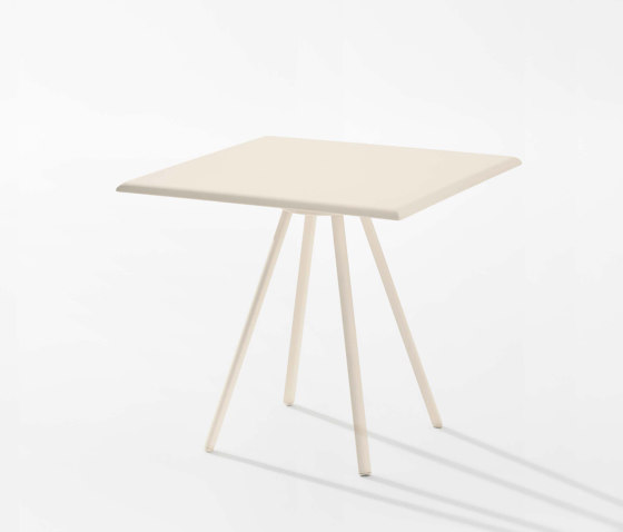 Zebra contract table by Fast   Bistro tables