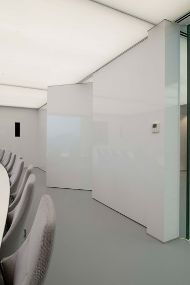 System 3 | White Pivoting Door by FritsJurgens | Hinges
