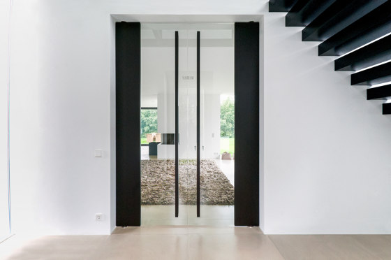 System M | Pivoting Glass Door by FritsJurgens | Hinges