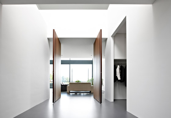System M | Bod'or Pivoting Entrance by FritsJurgens | Hinges