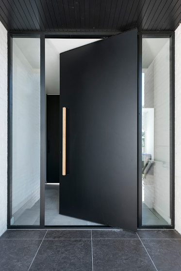 System One | Steel Pivoting Front Door by FritsJurgens | Hinges