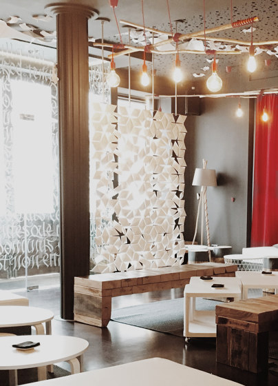 Facet Hanging Room Divider - 136x365cm by Bloomming | Sound absorbing room divider