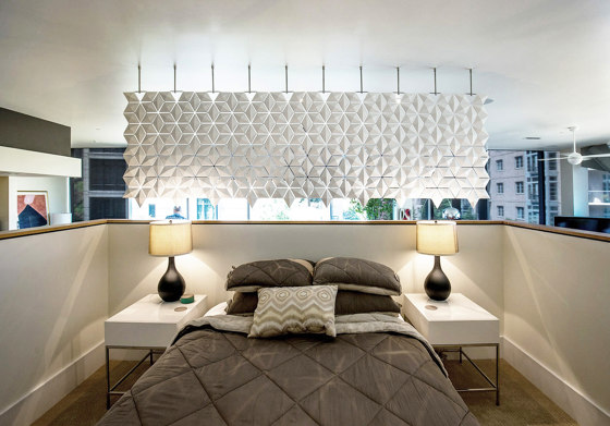 Facet Hanging Room Divider - 340x131cm by Bloomming | Folding screens