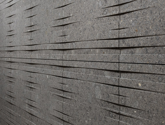 Barcode outdoors | uno.1 outdoors by Lithos Design | Facade systems