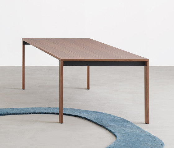 Beam Table by Desalto | Dining tables