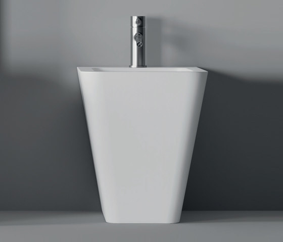 Bidet Hide BTW Square 55cm x 35cm by Alice Ceramica | Bidets